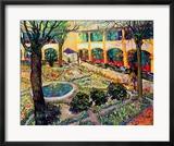 The Asylum Garden at Arles, c.1889 Gerahmter Giclée-Druck von Vincent van Gogh