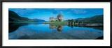 Reflection of a Castle in Water, Eilean Donan Castle, Loch Duich, Highlands, Scotland Photographie encadrée par Panoramic Images