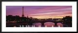 Sunset, Romantic City, Eiffel Tower, Paris, France Gerahmter Fotografie-Druck von  Panoramic Images