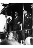 Franklin Delanor Roosevelt (Delivering a Speech) Art Poster Print Prints