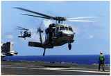 MH-60S Sea Hawk Helicopter (Landing on Air Craft Carrier) Art Poster Print - Posterler