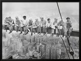 Almuerzo en lo alto de un rascacielos, c.1932 Posters por Charles C. Ebbets