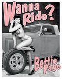 Bettie Page - Wanna Ride? Plakietka emaliowana