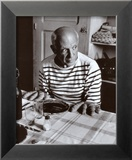 Les Pains de Picasso, c.1952 Prints by Robert Doisneau