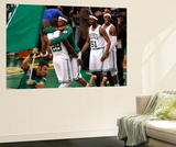 Boston, MA - June 03: Paul Pierce and Mickael Pietrus Affiches par Jared Wickerham