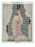 Vogue Cover - August 1922 Premium Giclee Print by Georges Lepape