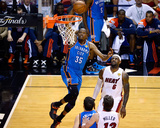 Miami, FL - June 17: Kevin Durant and LeBron James Fotografie-Druck von Ronald Martinez