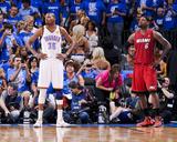 Oklahoma City, OK - June 12: LeBron James and Kevin Durant Photographie par Andrew Bernstein
