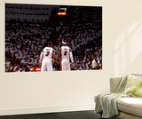Miami, FL - June 17: Dwyane Wade and LeBron James Reproduction murale par Andrew Bernstein