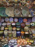 Ceramics on Display at a Shop in the Grand Bazaar, Istanbul, Turkey Fotografisk trykk av Nigel Hicks