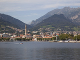 View of Town and Lake, Lecco, Lake Como, Lombardy, Italian Lakes, Italy, Europe Fotodruck von Frank Fell