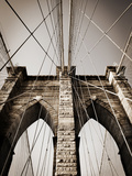 The Brooklyn Bridge, a National Landmark Fotografisk tryk af Keith Barraclough