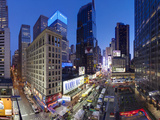 Broadway Looking Towards Times Square, Manhattan, New York City, New York, United States of America Lámina fotográfica por Gavin Hellier