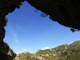 A Climber Tackles an Overhanging Climb in the Mascun Canyon, Rodellar, Aragon, Spain, Europe Photographie par David Pickford