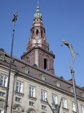 Christiansborg Palace and Statues, Copenhagen, Denmark, Scandinavia, Europe Photographie par Frank Fell