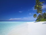 Tropical Beach and Lagoon, Maldives, Indian Ocean, Asia Fotografisk tryk af Sakis Papadopoulos