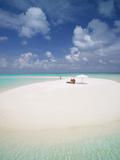 Woman Walking on a Sandbank, Maldives, Indian Ocean, Asia Fotografisk tryk af Sakis Papadopoulos