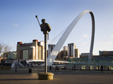 Millennium Bridge and the Baltic from the Quayside, Newcastle Upon Tyne, Tyne and Wear, England, Un Photographic Print by Mark Sunderland