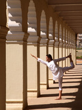 Yoga Inside the Courtyard of Mysore Palace, Karnataka, India, Asia Fotografie-Druck von Luca Tettoni
