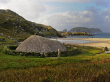 Bosta Iron Age House, Great Bernera Iron Age Village, Isle of Lewis, Western Isles, Scotland, Unite Fotografie-Druck von Peter Richardson