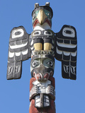Totem Pole, Thunderbird Park, Victoria, Vancouver Island, British Columbia, Canada, North America Photographic Print by Martin Child