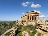 Tempio Di Concordia (Concord), Valle Dei Templi, UNESCO World Heritage Site, Agrigento, Sicily, Ita Photographic Print by Stuart Black