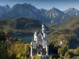 Romantic Neuschwanstein Castle and German Alps in Autumn, Southern Part of Romantic Road, Bavaria,  Fotografie-Druck von Richard Nebesky