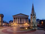 Chamberlain Square at Dusk, Birmingham, Midlands, England, United Kingdom, Europe Fotografie-Druck von Charles Bowman