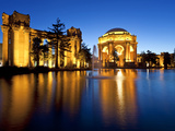Palace of Fine Arts Illuminated at Night, San Francisco, California, United States of America, Nort Photographie par Gavin Hellier