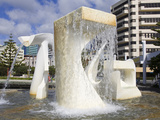 Albatross Fountain by Tanya Ashley in Frank Kitts Park, Wellington, North Island, New Zealand, Paci Photographie par Richard Cummins