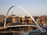 Gateshead Millennium Bridge, Newcastle, Gateshead, Tyne and Wear, England, United Kingdom, Europe Photographie par Mark Sunderland