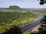 View over the River Elbe, Saxon Switzerland, Saxony, Germany, Europe Fotografiskt tryck av Michael Runkel