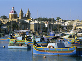 View across Harbour with Traditional Luzzu Fishing Boats, Marsaxlokk, Malta, Mediterranean, Europe Lámina fotográfica por Stuart Black