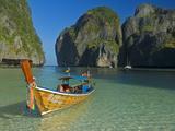 Maya Bay, Kho Phi Phi Leh, Krabi Province, Thailand, Southeast Asia, Asia Fotografisk tryk af Ben Pipe