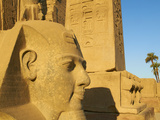 Statue of the Pharaoh Ramesses Ii and Obelisk, Temple of Luxor, Thebes, UNESCO World Heritage Site, Photographie par  Tuul