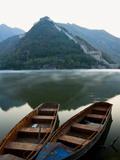 Two Boats on Jintang Lake Beside Great Wall of China, UNESCO World Heritage Site, Huanghuacheng (Ye Fotoprint van Kimberly Walker