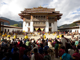 Crowds of Spectators to the Main Courtyard During a Masked Dance, Gangtey Tsechu at Gangte Goemba,  Photographic Print by Lee Frost