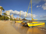 Waikiki Beach, Honolulu, Oahu, Hawaii, Usa Photographic Print by Douglas Peebles