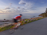 Road Bicycling in Acadia National Park, Maine, Usa Lámina fotográfica por Chuck Haney