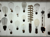 Old Light Bulbs, Dibner Hall, History of Science, Huntington Library, Pasadena, California, Usa Fotografie-Druck von Bruce Yuanyue Bi