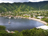 Small Fishing Port on the Caribbean, Tourism Is a Major Business in This Village, Taganga, Colombia Photographie par Micah Wright