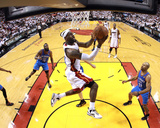 Miami, FL - June 21:  Miami Heat and Oklahoma City Thunder Game Five, LeBron James and Derek Fisher Lámina fotográfica por Ronald Martinez