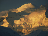Sunlight Shines on Snow-Covered Mount Mckinley Photographic Print by John Eastcott & Yva Momatiuk