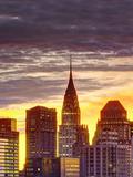 USA, New York, Manhattan, Midtown Skyline and Chrysler Building Papier Photo par Alan Copson