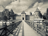 Lithuania, Trakai, Trakai Historical National Park, Island Castle on Lake Galve Fotoprint van Walter Bibikow