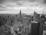 Midtown Skyline with Empire State Building from the Rockefeller Center, Manhattan, New York City, U Fotografie-Druck von Jon Arnold