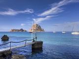 Spain, Balearic Islands, Ibiza, Cala D'Hort Beach Fotografisk tryk af Michele Falzone