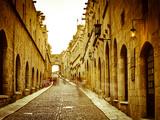 Avenue of the Knights (Ippoton Street), Rhodes Town, Rhodes, Greece Photographie par Doug Pearson
