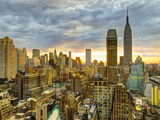 USA, New York, Manhattan, Midtown Skyline Including Empire State Building Fotografiskt tryck av Alan Copson