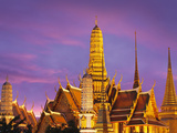 Thailand, Bangkok, Grand Palace, Wat Phra Kaeo at Dusk Photographic Print by Shaun Egan